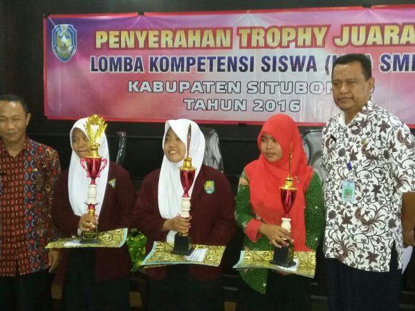 Juara 3 Lomba LKS SMK Kabupaten Situbondo Tahun 2016