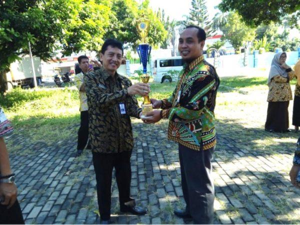 Juara 1 Kepala Sekolah Berprestasi Tingkat SMK Kabupaten Situbondo Tahun 2018
