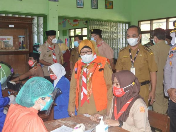 Pencanangan Vaksin Pelajar oleh Wakil Bupati Situbondo